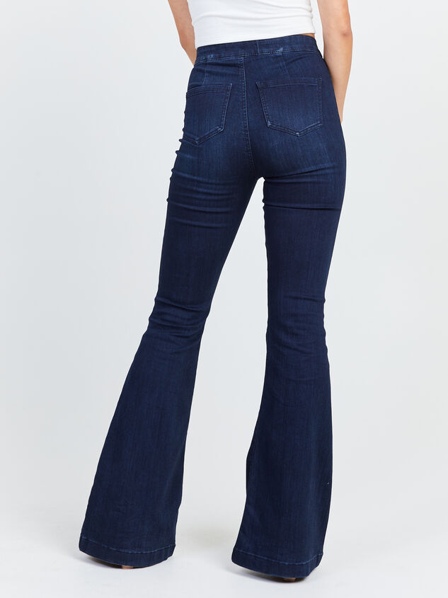 Bexley Flare Jeans Detail 4 - Altar'd State