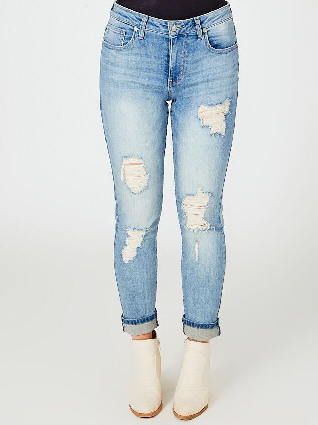 Loosen Up Jeans Detail 3 - Altar'd State