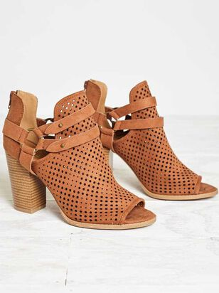 Cade Booties - Altar'd State