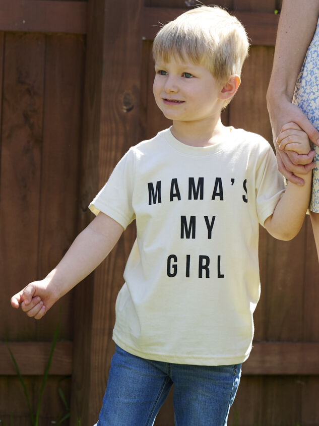Tullabee Mama's My Girl Tee Detail 3 - Altar'd State