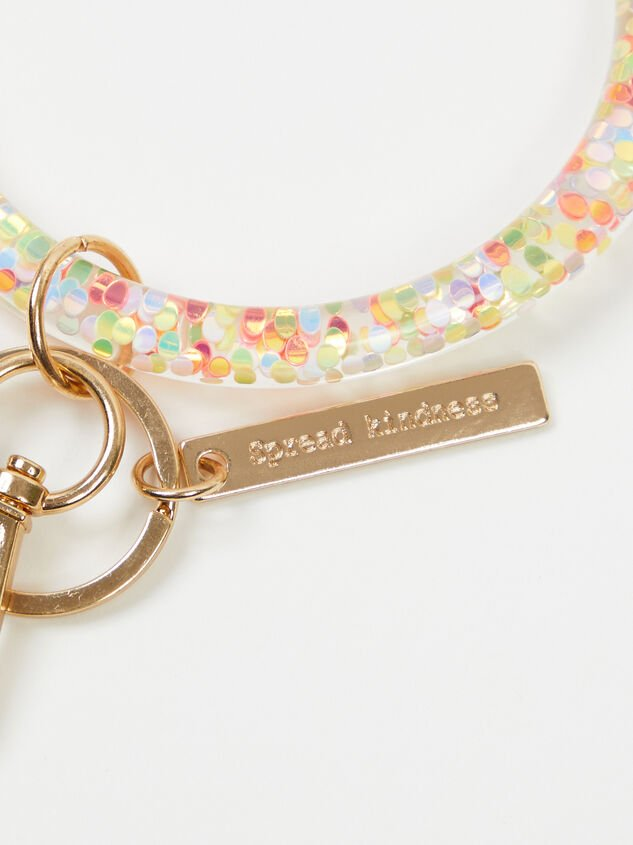 Spread Kindness Glitter Ring Keychain Detail 2 - Altar'd State