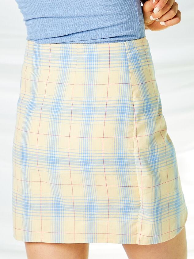 Dev Plaid Skirt Detail 5 - Altar'd State