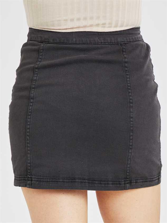 Glencrest Skirt Detail 5 - Altar'd State