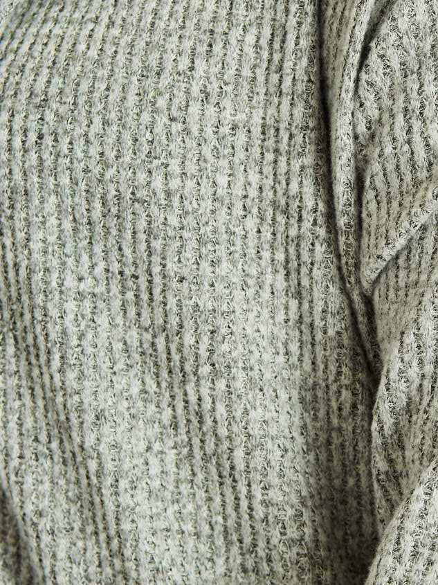 Andry Cardigan Detail 5 - Altar'd State