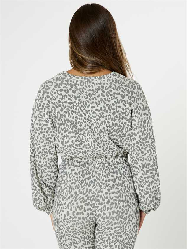 Leopard Lounge Top - Grey Detail 3 - Altar'd State