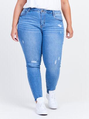 "Incrediflex 29"" Skinny Jeans - Altar'd State"