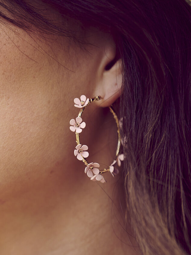 Allison Hoop Earrings - Altar'd State