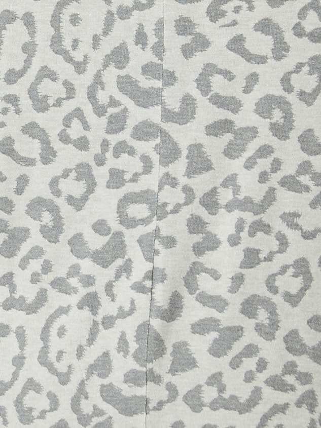 Leopard Balloon Sleeve Top Detail 4 - Altar'd State