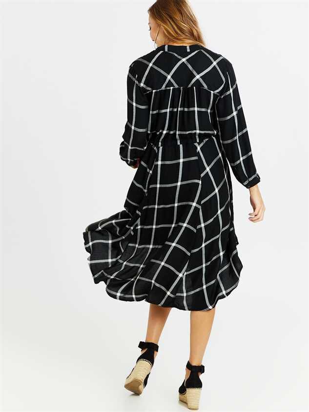 Reese Midi Dress Detail 3 - Altar'd State