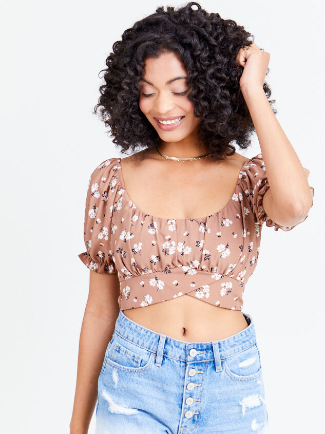 Dainty Floral Top - Coco - Altar'd State