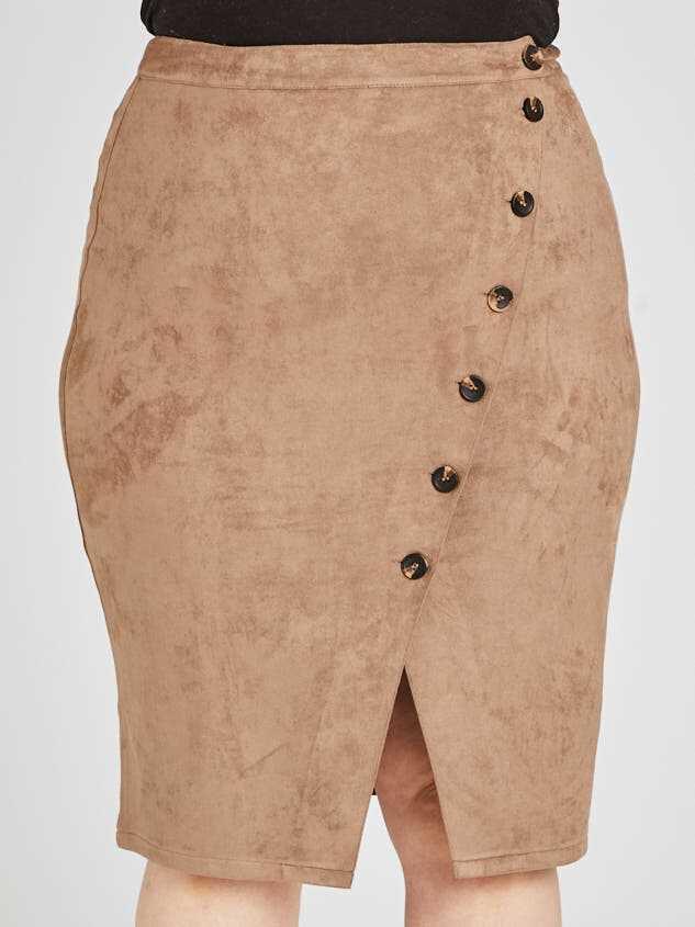 Nola Skirt Detail 2 - Altar'd State
