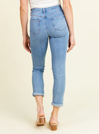 Sally Girlfriend Jeans Detail 4 - Altar'd State