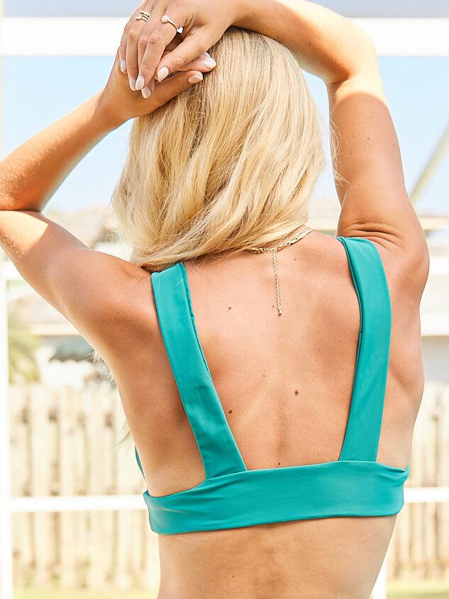 Fun in the Sun Bikini Top Detail 2 - Altar'd State