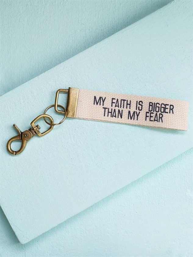 Faith Bigger Then Fear Keychain - Altar'd State