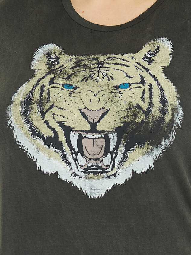 Growling Tiger Top Detail 5 - Altar'd State