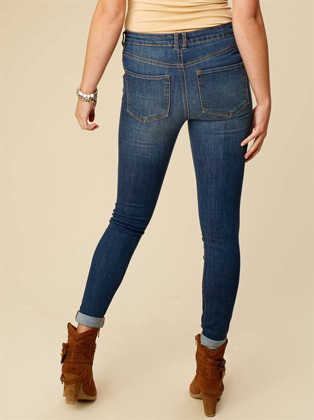 Hadley Cuffed Wash Jeans Detail 3 - Altar'd State