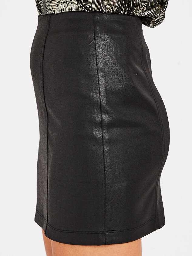 Georgiana Skirt Detail 3 - Altar'd State