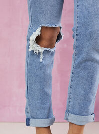 Sally Girlfriend Jeans Detail 5 - Altar'd State