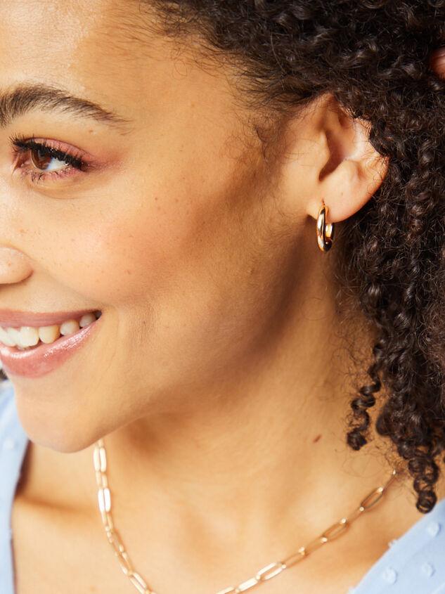 Arabella Earrings Detail 3 - Altar'd State