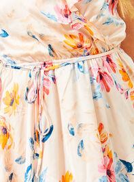 Wonder Satin Dress Detail 5 - Altar'd State