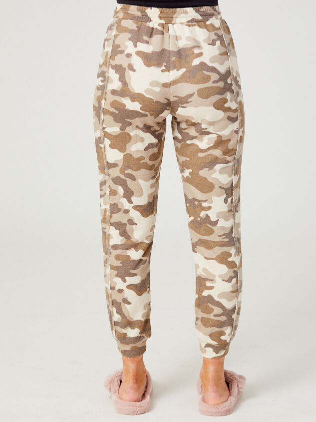 Altar'd State Revival Camo Joggers Detail 4 - Altar'd State