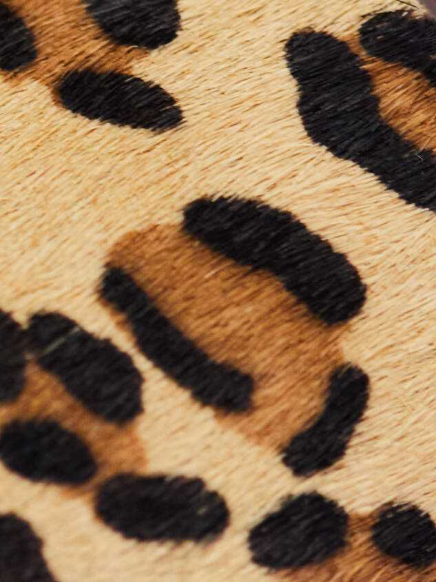 Brynee Sandals Detail 4 - Altar'd State