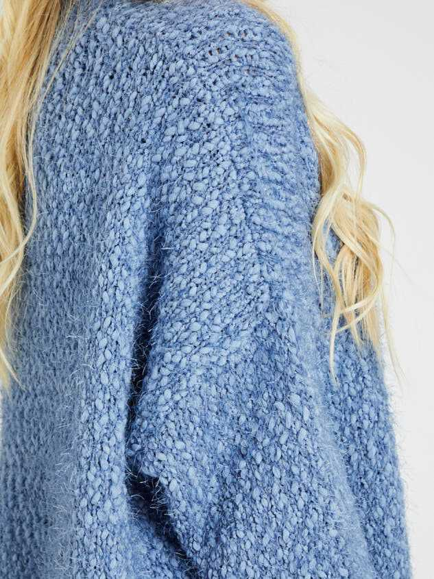 Louise Sweater Detail 5 - Altar'd State