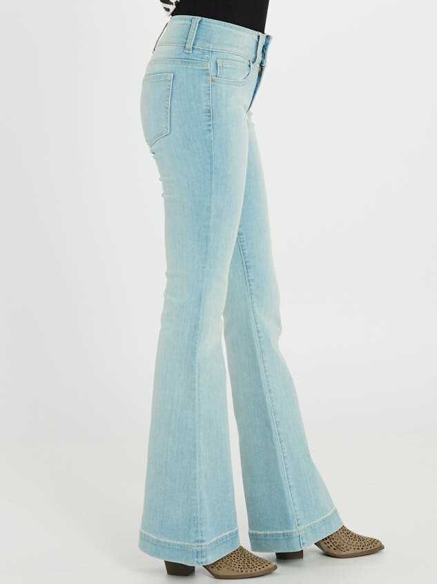 Hanna Flare Jeans Detail 3 - Altar'd State