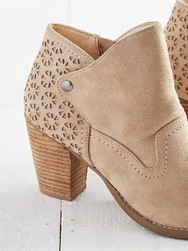 Yolanna Booties Detail 2 - Altar'd State