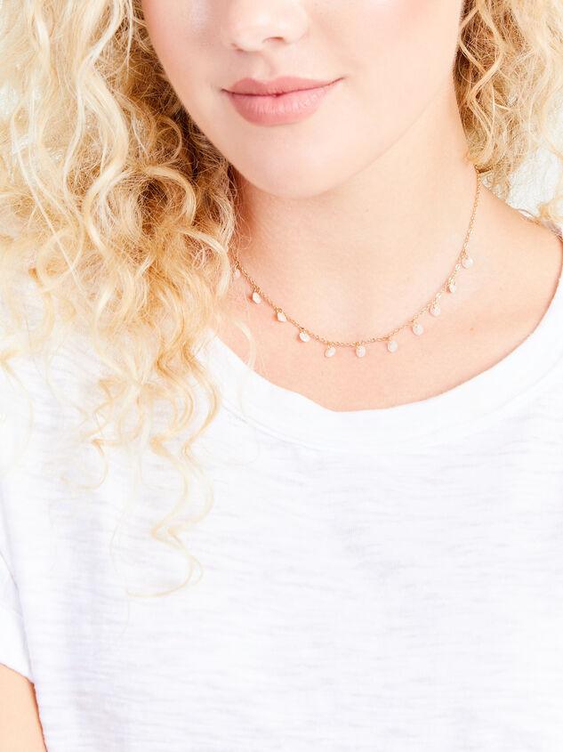 Floating Crackle Charm Choker Necklace Detail 3 - Altar'd State