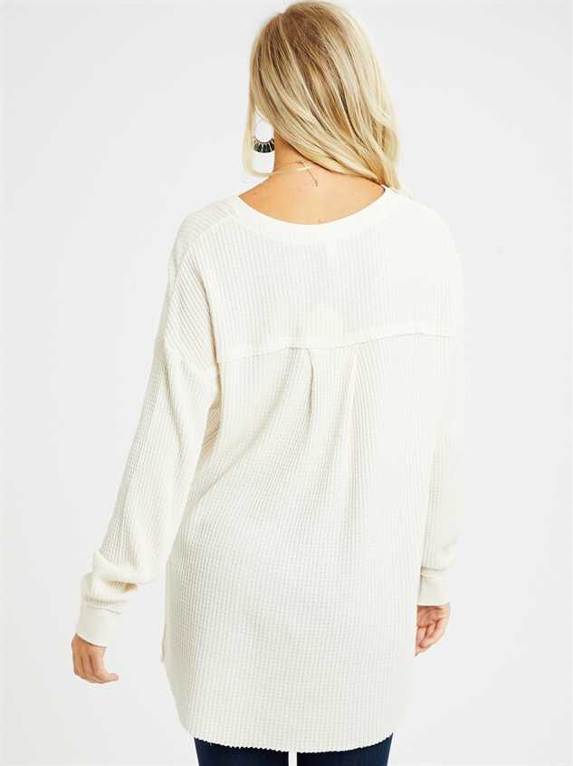 Dreamin' in Thermal Tunic Top Detail 4 - Altar'd State