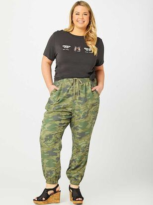 Camo Joggers - Altar'd State