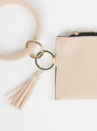 The Essential Wristlet Detail 2 - Altar'd State