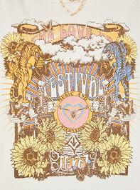 Festival Tour Oversized Tee Detail 5 - Altar'd State