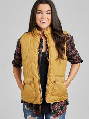 Alpine Wubby Reversible Puffer Vest - Altar'd State