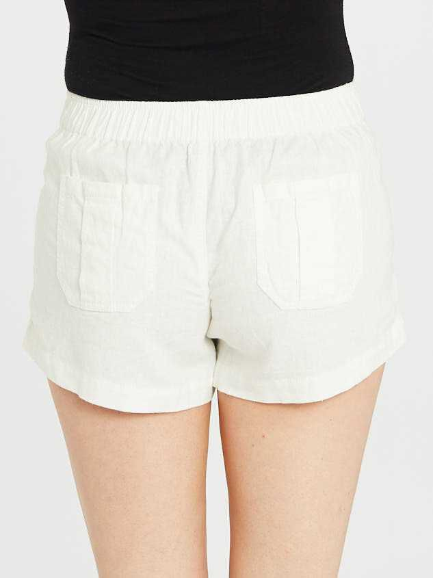 The Linen Short Detail 5 - Altar'd State