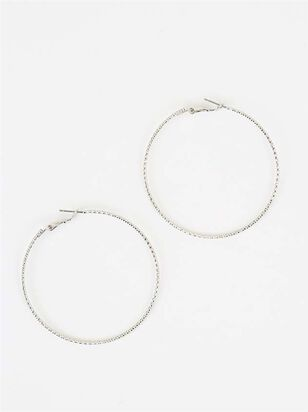 Diamond Cut Hoop Earrings in Gold - Altar'd State