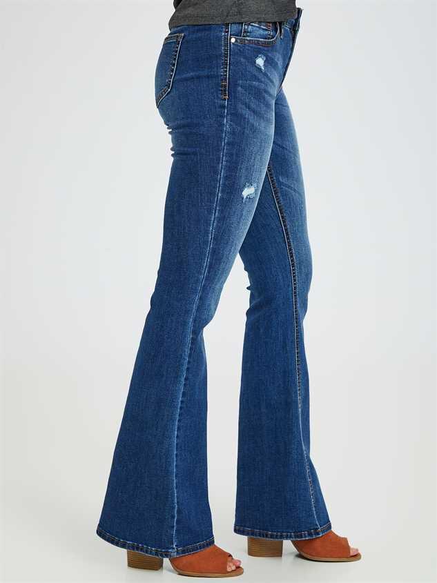 Bonsalla Flare Jeans Detail 3 - Altar'd State