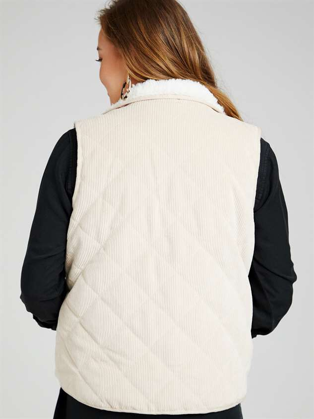Alpine Cord Puffer Vest Detail 4 - Altar'd State