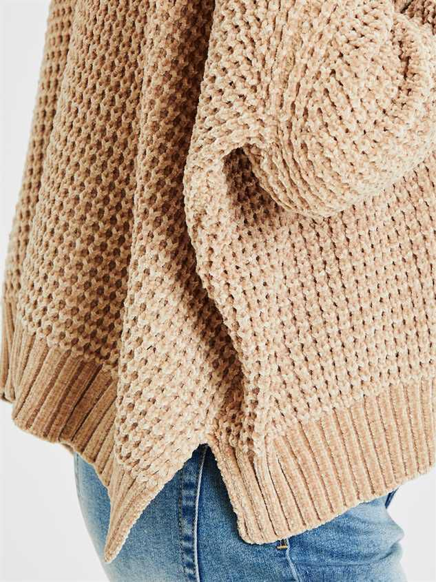 Eversoft Chenille Dolman Sweater Detail 4 - Altar'd State