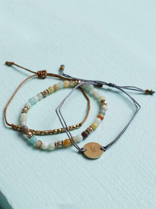 North Carolina Friendship Bracelets - Altar'd State