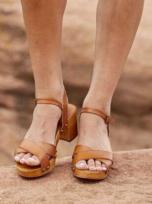 Navia Heels - Altar'd State